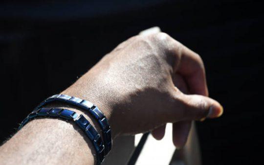 Comment se servir d'un bracelet magnétique ?